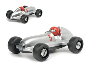 Studio Silver-Racer