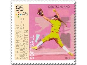 """Neue Olympische Sportarten - """"Softball"""", nassklebende Briefmarke zu 0,95 + 0,45 EUR, 10er-Bogen"""